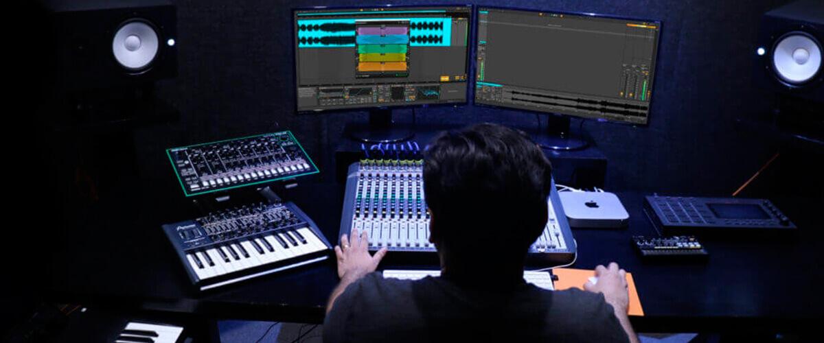 mastering in studio